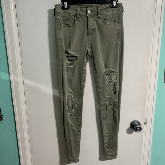 American Eagle Outfitters Pants - American Eagle Distressed Skinny Jeans